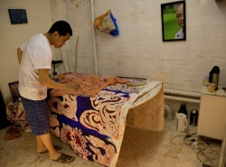 Htein Lin at work in his studio